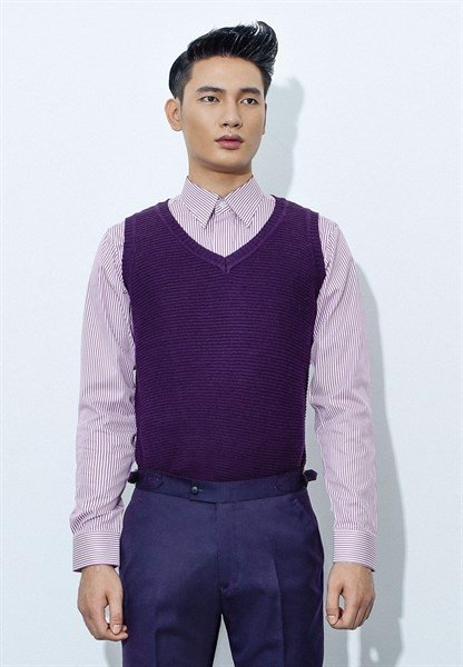 Dark violet V-neck sleeveless sweet-shirt
