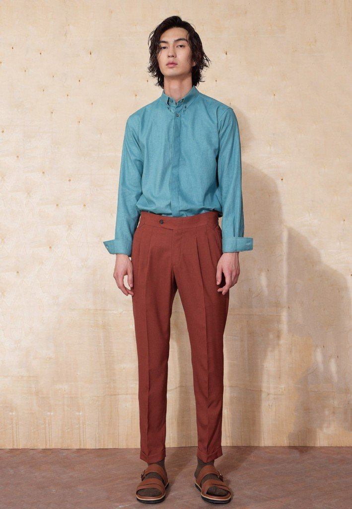 Brick trousers with buckles