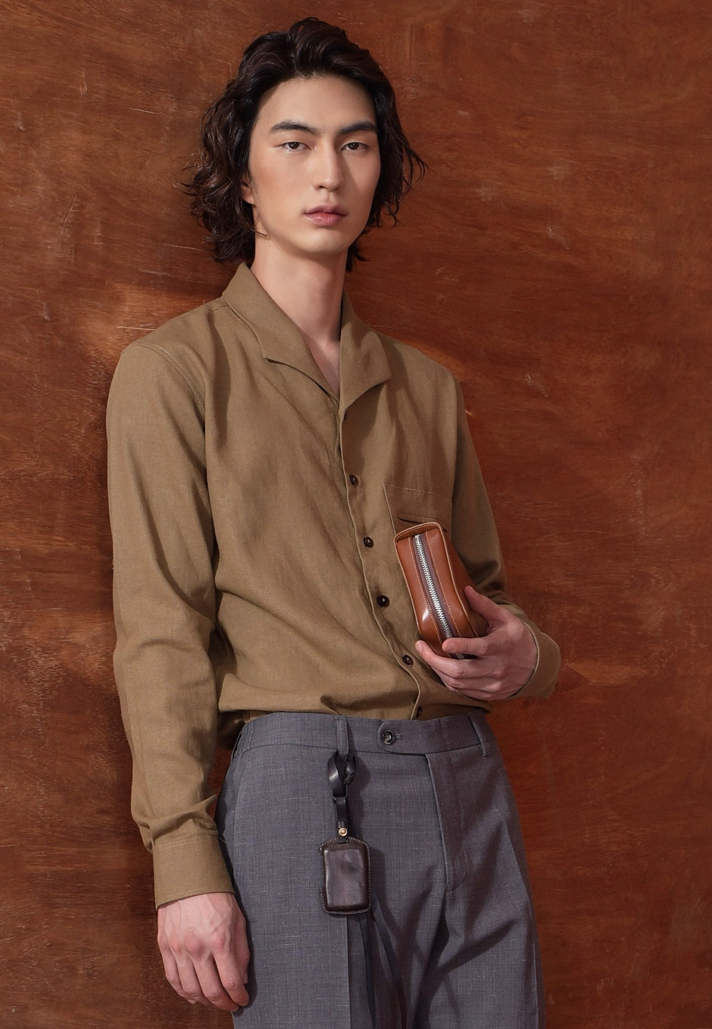 Wood linen shirt with camp collar