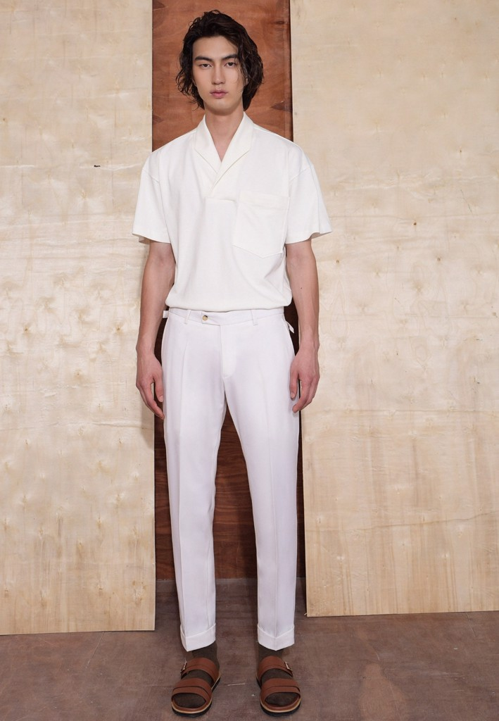 White trousers with buckles