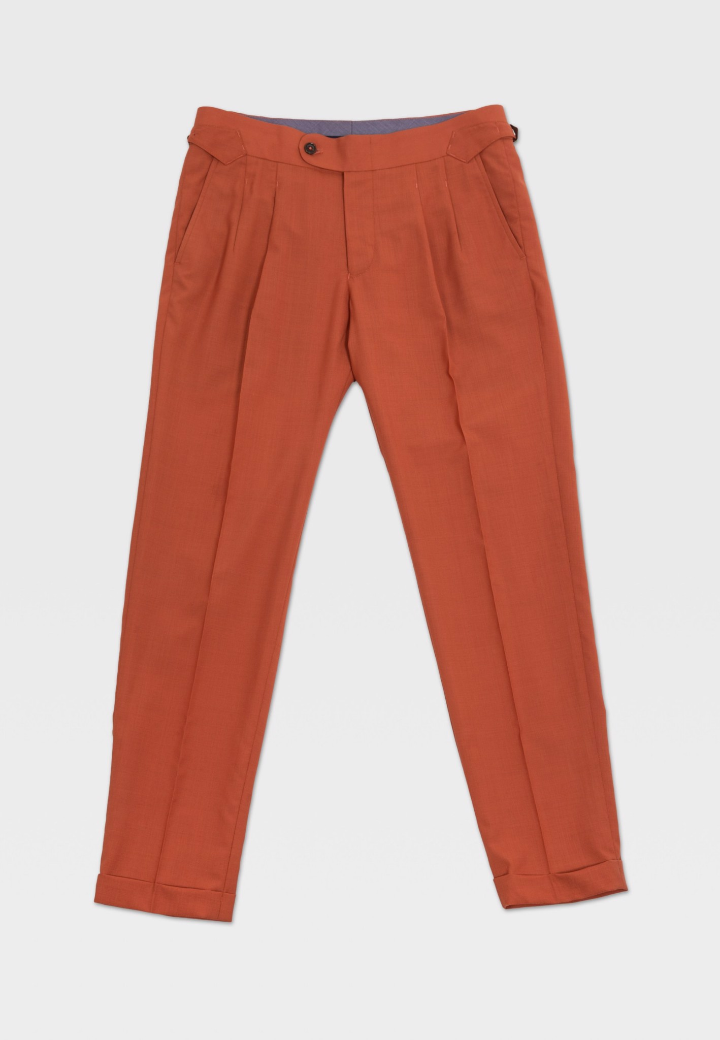 Apple trousers with buckles