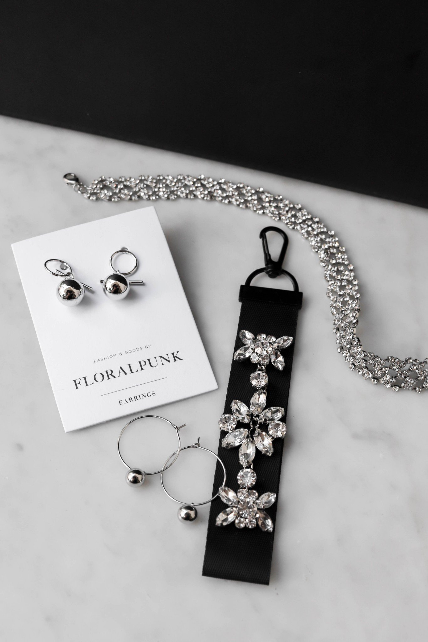 Keychain Flower Black