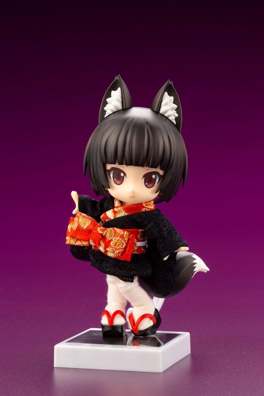 Cu-poche Friends Kuro Kitsune Posable Figure