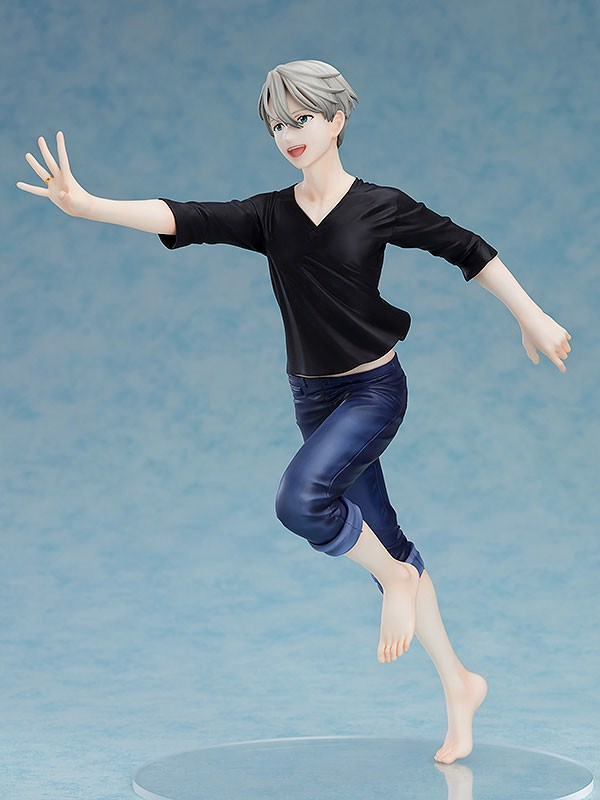 Yuri on Ice Victor Nikiforov 1/8