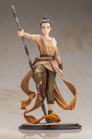 ARTFX Artist Series Star Wars: The Force Awakens Rey -Descendant of Light- 1/7