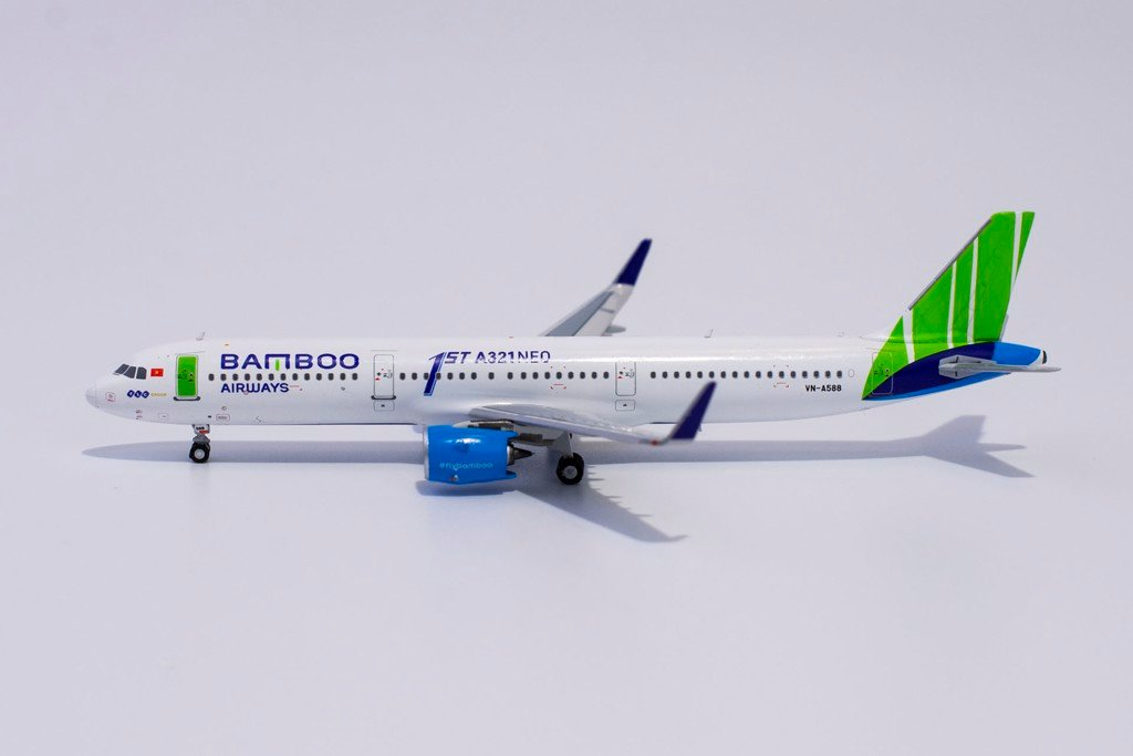 Bamboo Airways Airbus A321neo VN-A588 1st A321neo NG Model 1:400 13026