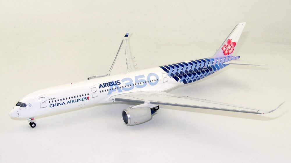 Mô Hình Máy Bay China Airlines Airbus A350-900 B-18918 Carbon Fiber | InFlight 1:200