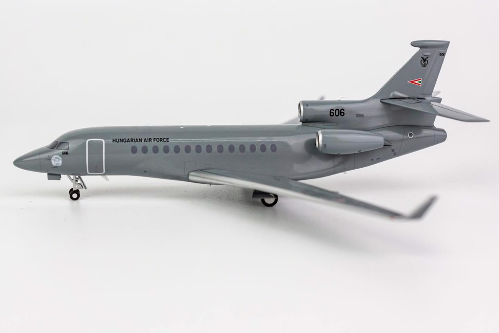 Mô Hình Máy Bay Hungarian Air Force Falcon 7X 606 | NG Model 1:200
