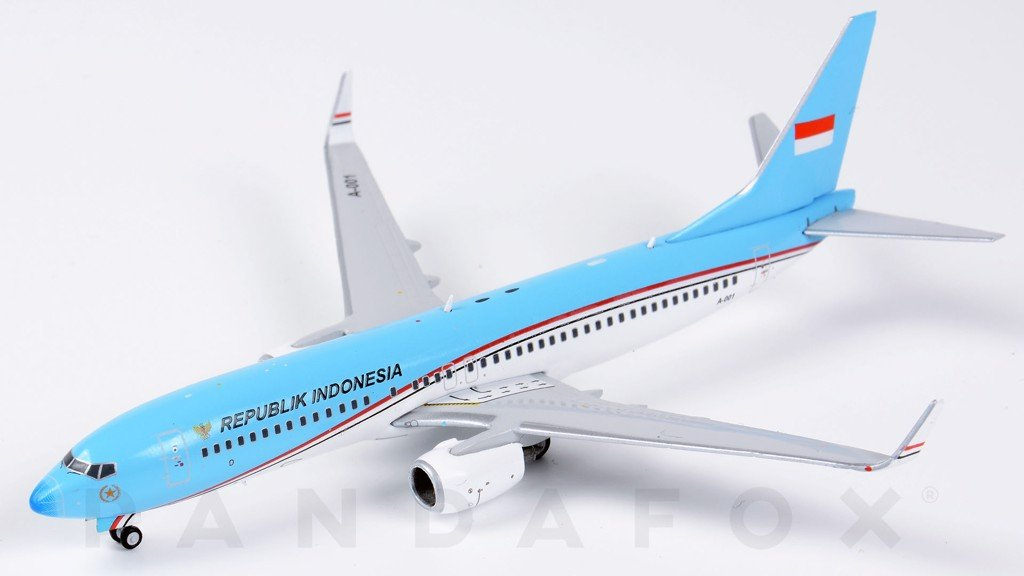 Mô Hình Máy Bay Indonesia Air Force Boeing 737-800 A-001 | JC Wings 1:400