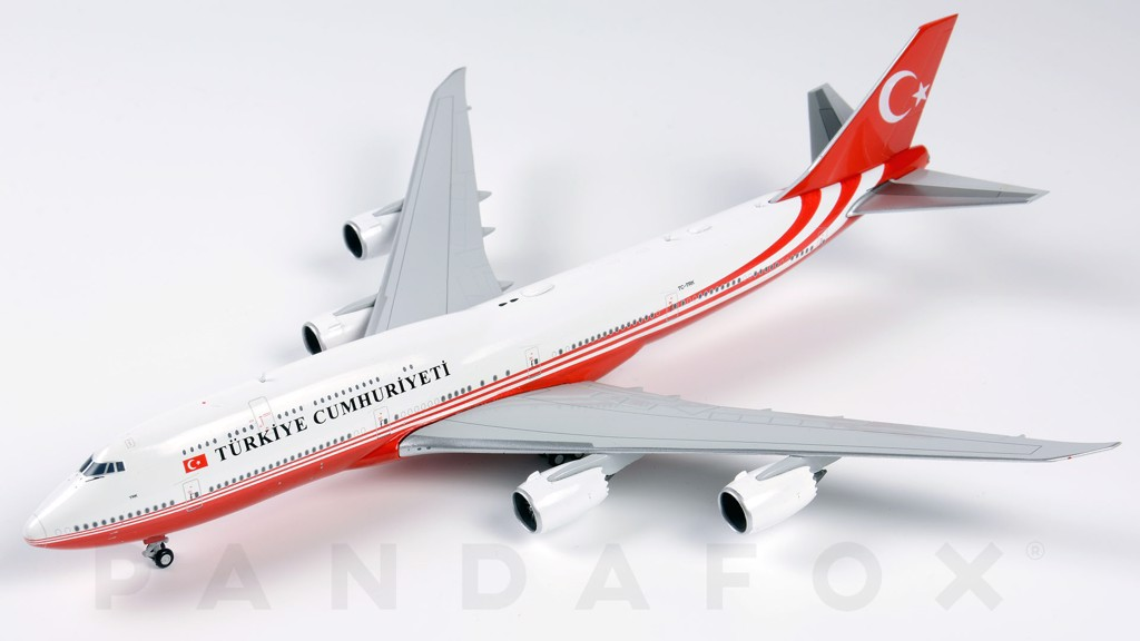 Mô Hình Máy Bay Republic of Turkey Boeing 747-8I TC-TRK | JC Wings 1:400