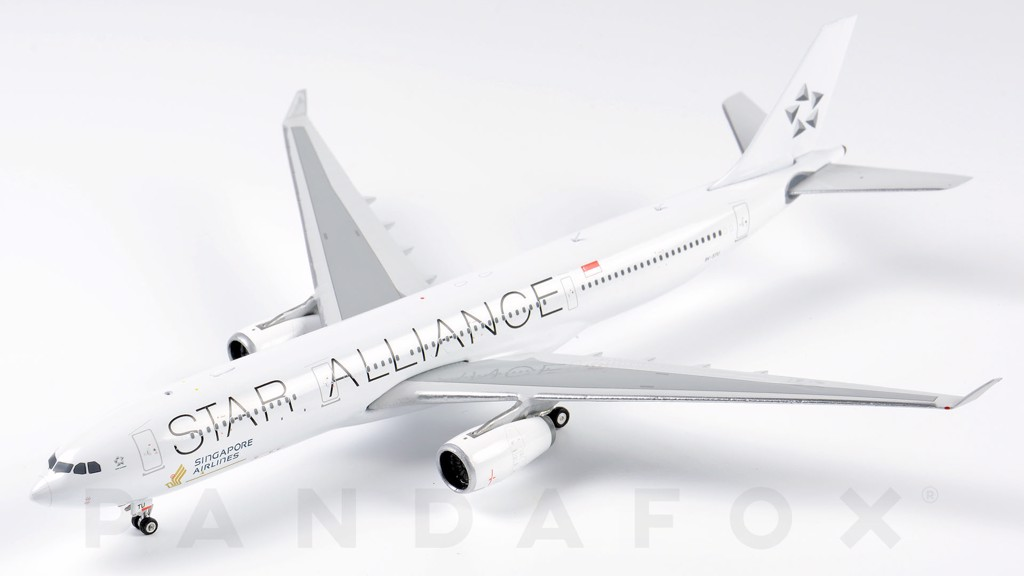 Mô Hình Máy Bay Singapore Airlines Airbus A330-300 9V-STU Star Alliance | Phoenix 1:400