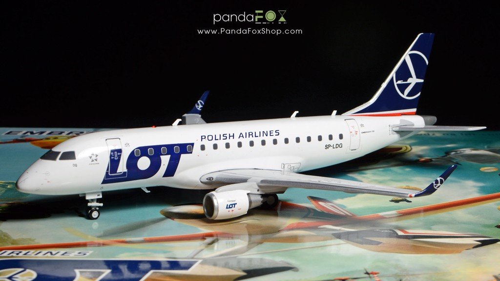 Mô Hình Máy Bay LOT Polish Embraer 170 SP-LDG | JC Wings 1:200