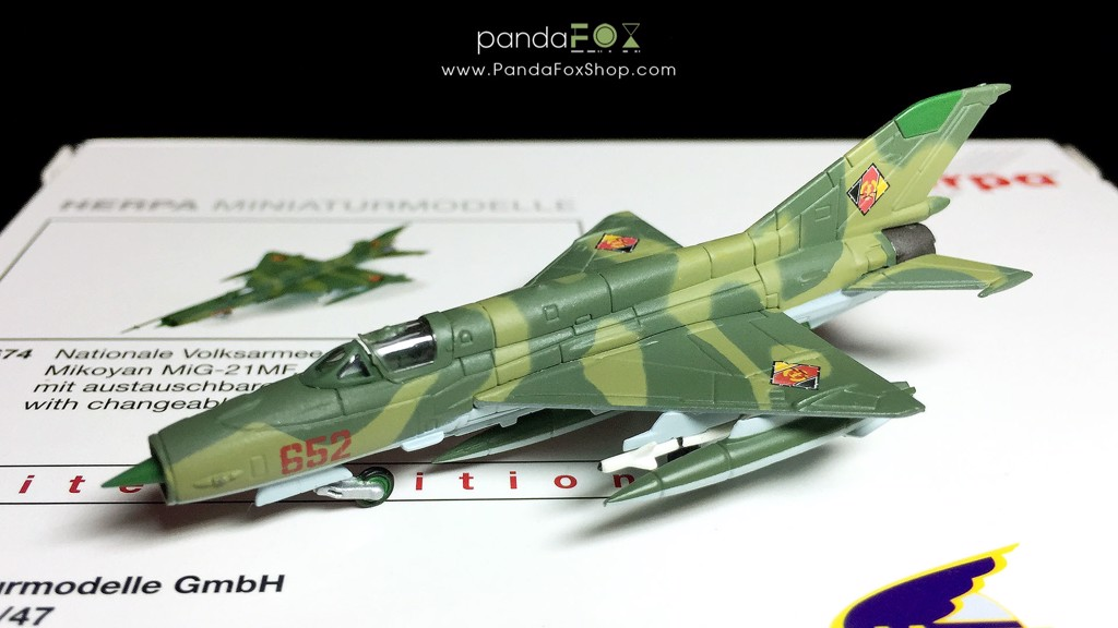 Mô Hình Máy Bay East German Air Force MiG-21 MF 652 | Herpa 1:200