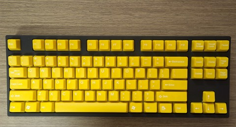 Tai-Hao Double Shot ABS Yellow/White Text - Full 104 keys