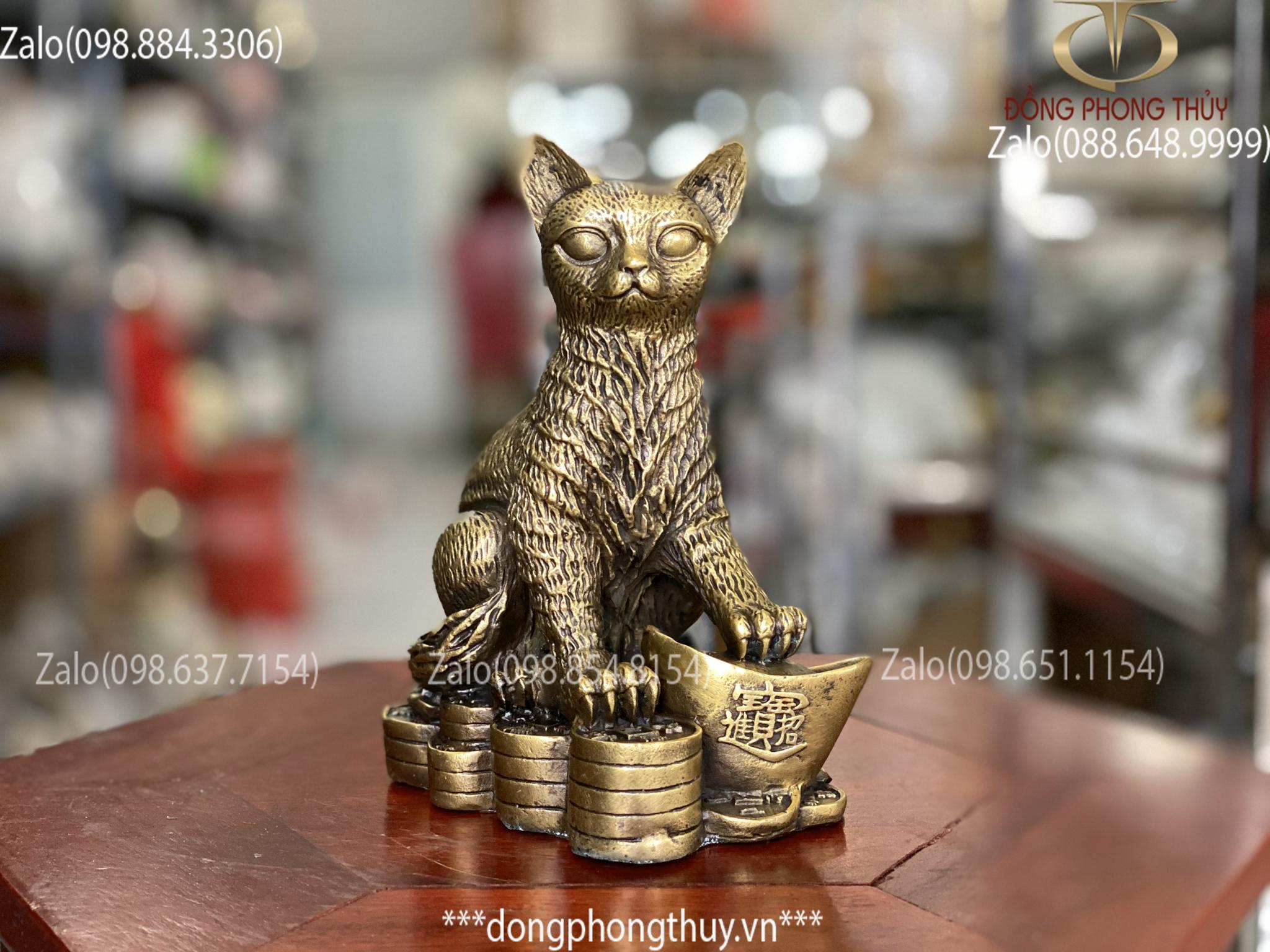 tượng mèo bằng đồng