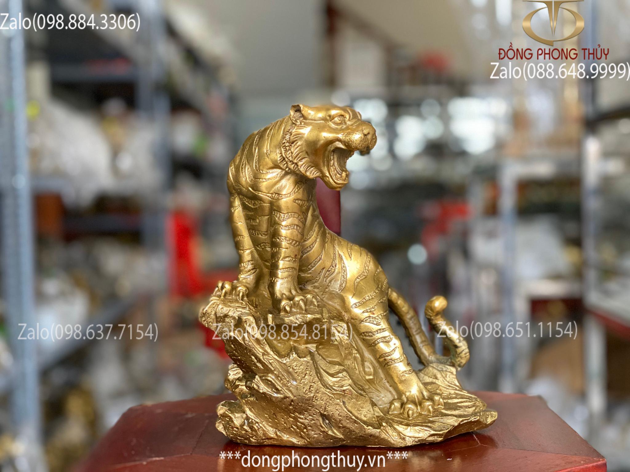 tượng Hổ bằng đồng