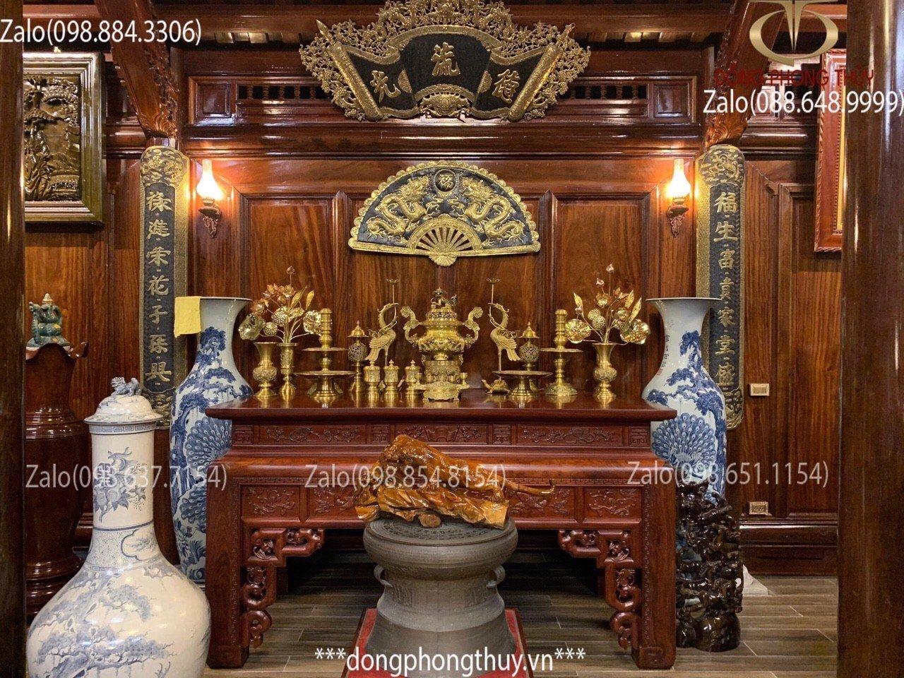 cách sắp xếp đỉnh đồng trên bàn thờ