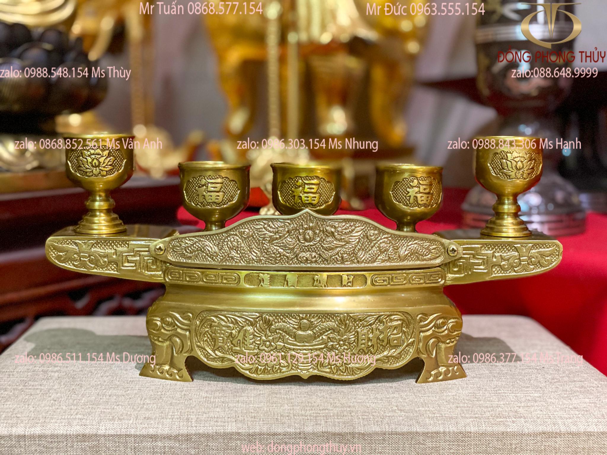 Bộ ngai 5 chén bằng đồng màu vàng ngai 29cm