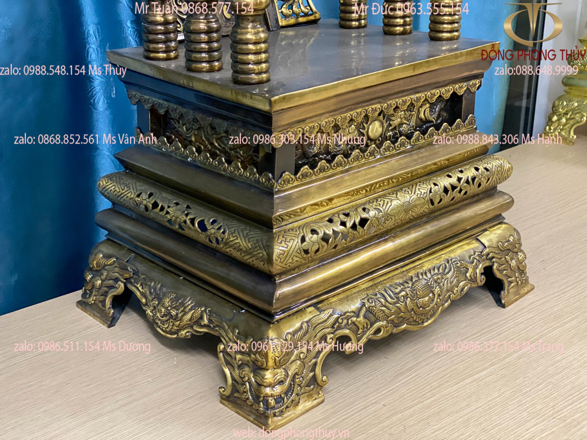 Ngai thờ bằng đồng màu hun 86cm ngang 48cm sâu 38cm