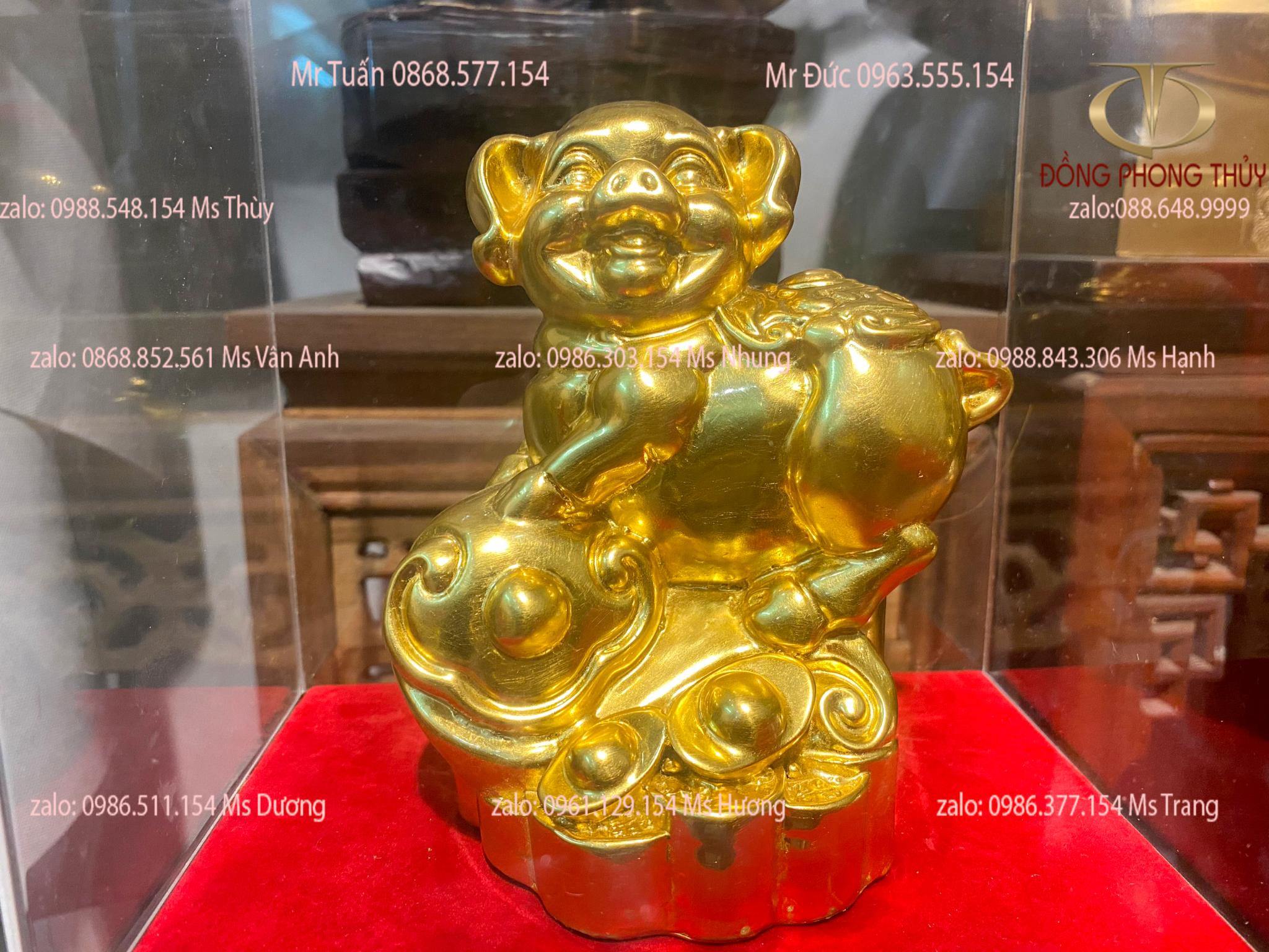 Quà tặng sếp: tượng heo bằng đồng dát vàng 24k