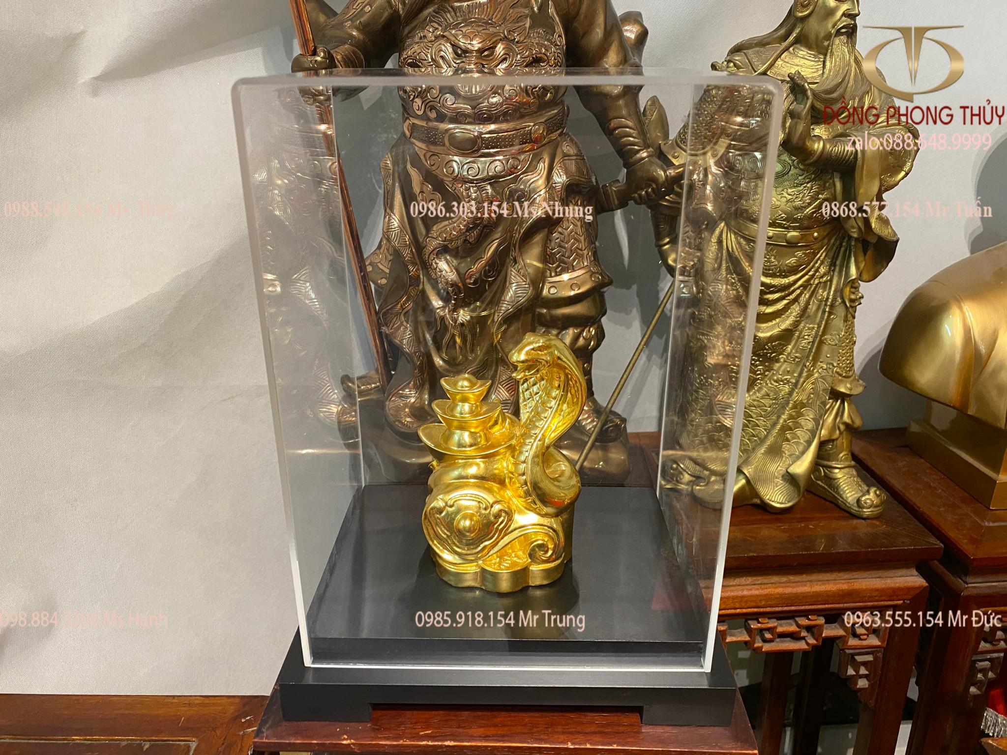Quà tặng sếp: tượng rắn phong thủy ôm tiền bằng đồng dát vàng 24k