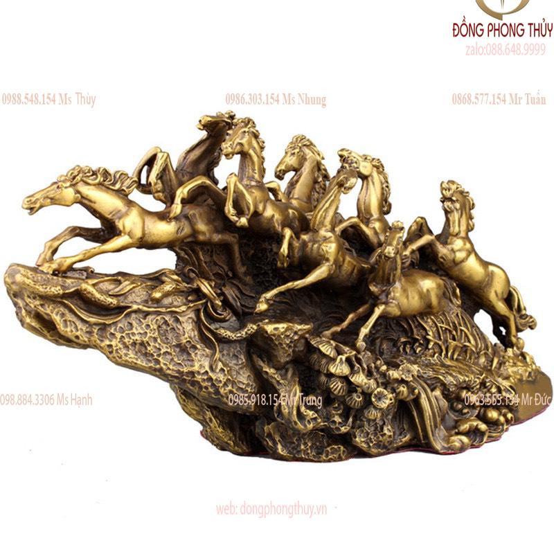 Tượng bát mã - 8 con ngựa bằng đồng