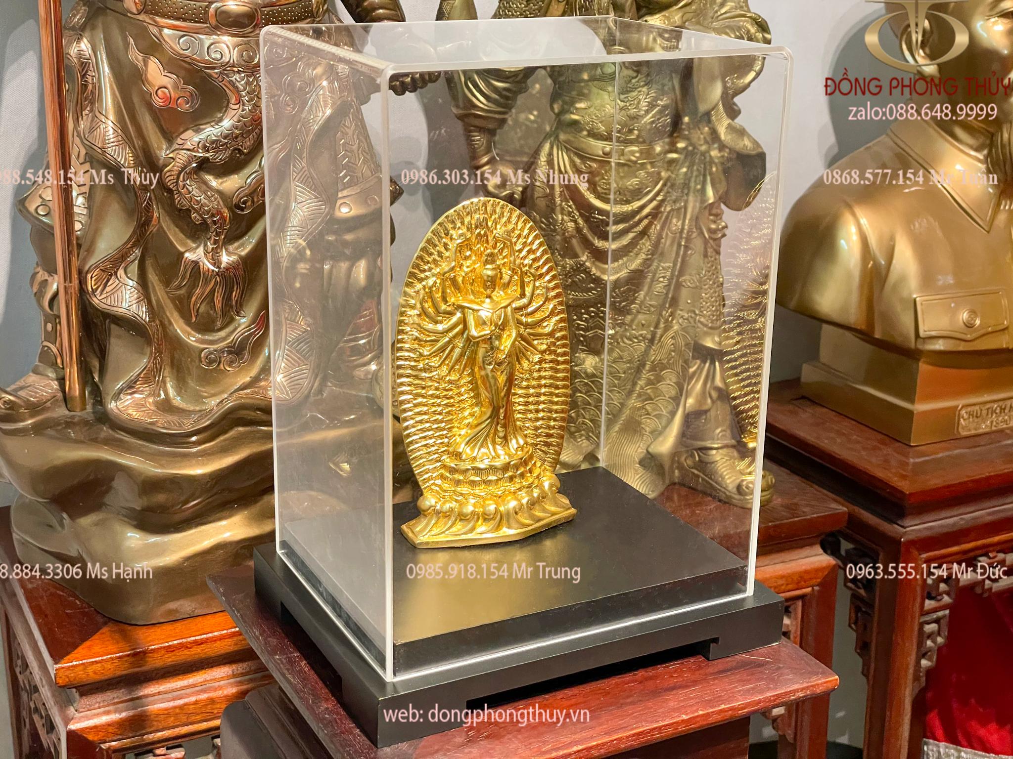 Tượng mẹ quan âm nghìn tay bằng đồng thếp vàng 24k cao 18,5
