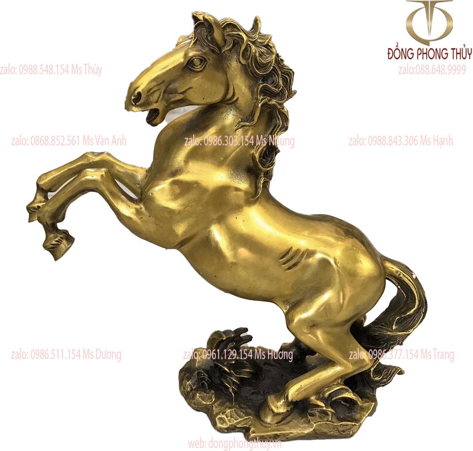 Tượng ngựa hý phong thủy bằng đồng cao 27cm ngang 28cm nặng 2,5kg