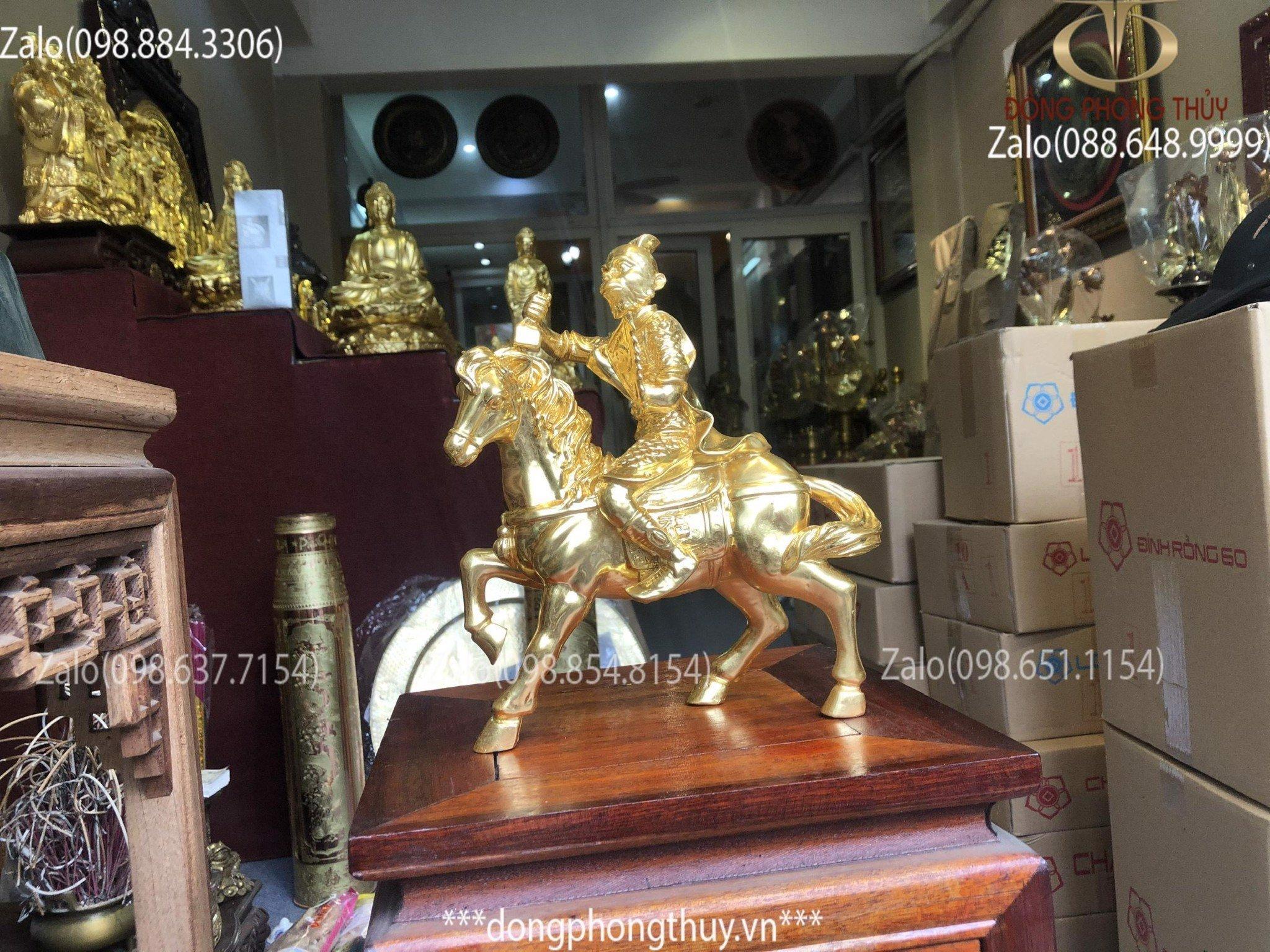 tượng khỉ cưỡi ngựa bằng đồng thếp vàng
