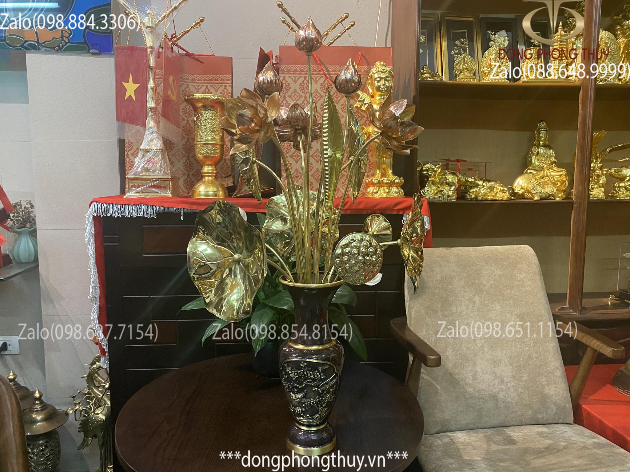 Lục bình 30cm tím đậm và bó hoa sen đồng 15 cành 70cm