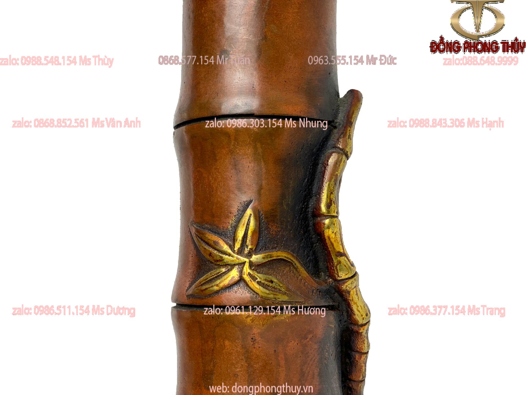 Chiếc ống đựng bút bằng đồng dáng cây trúc cao 18 rộng 6cm nặng 0,7kg