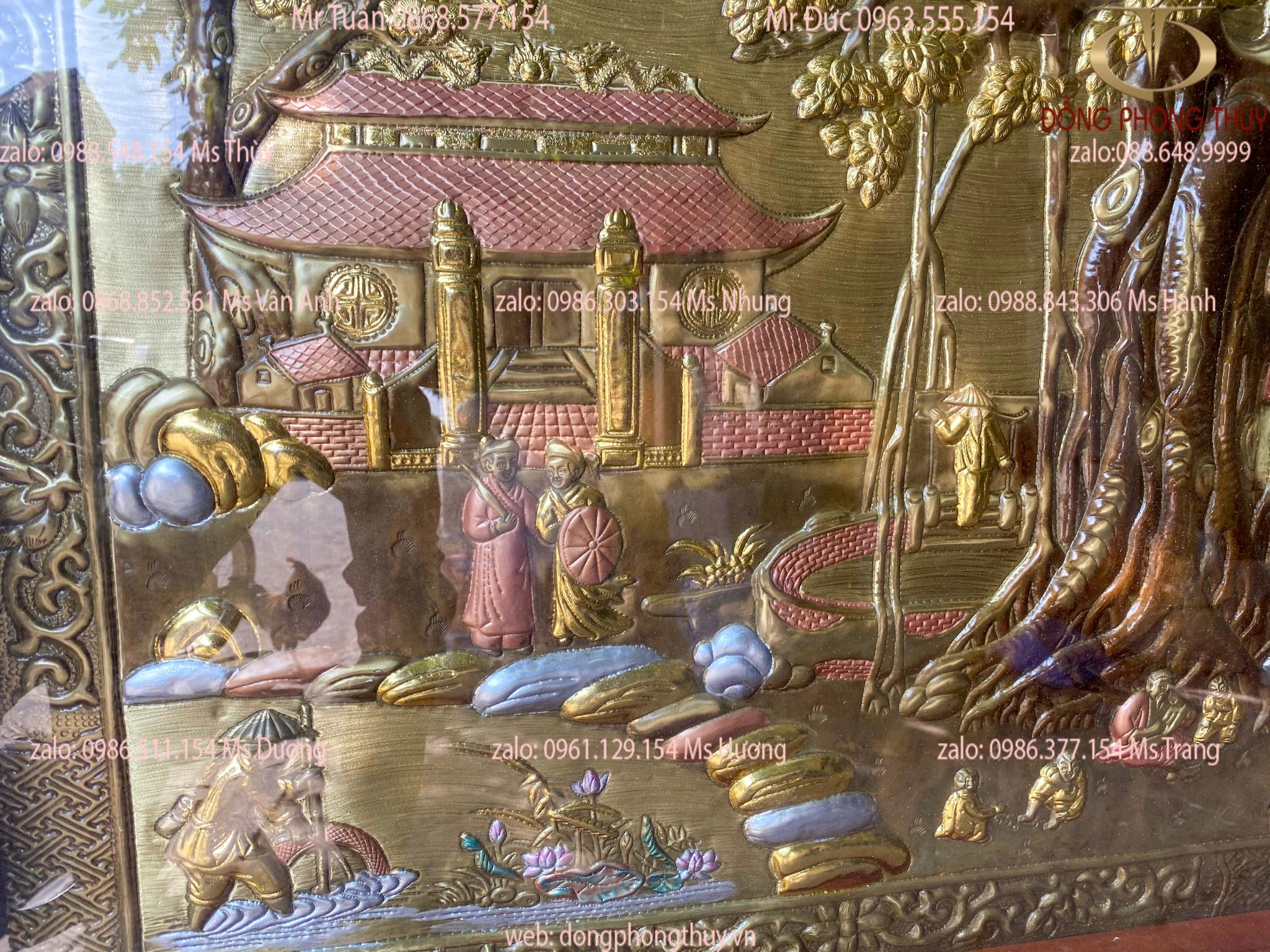 TRANH ĐỒNG QUÊ - CỘI NGUỒN QUÊ HƯƠNG - CẢNH ĐỒNG QUÊ THANH BÌNH BẰNG ĐỒNG LÀM XƯỚC GIẢ CỔ dát vàng bạc 1M2*2M3 BỌC KÍNH GẮN ĐÈN LED