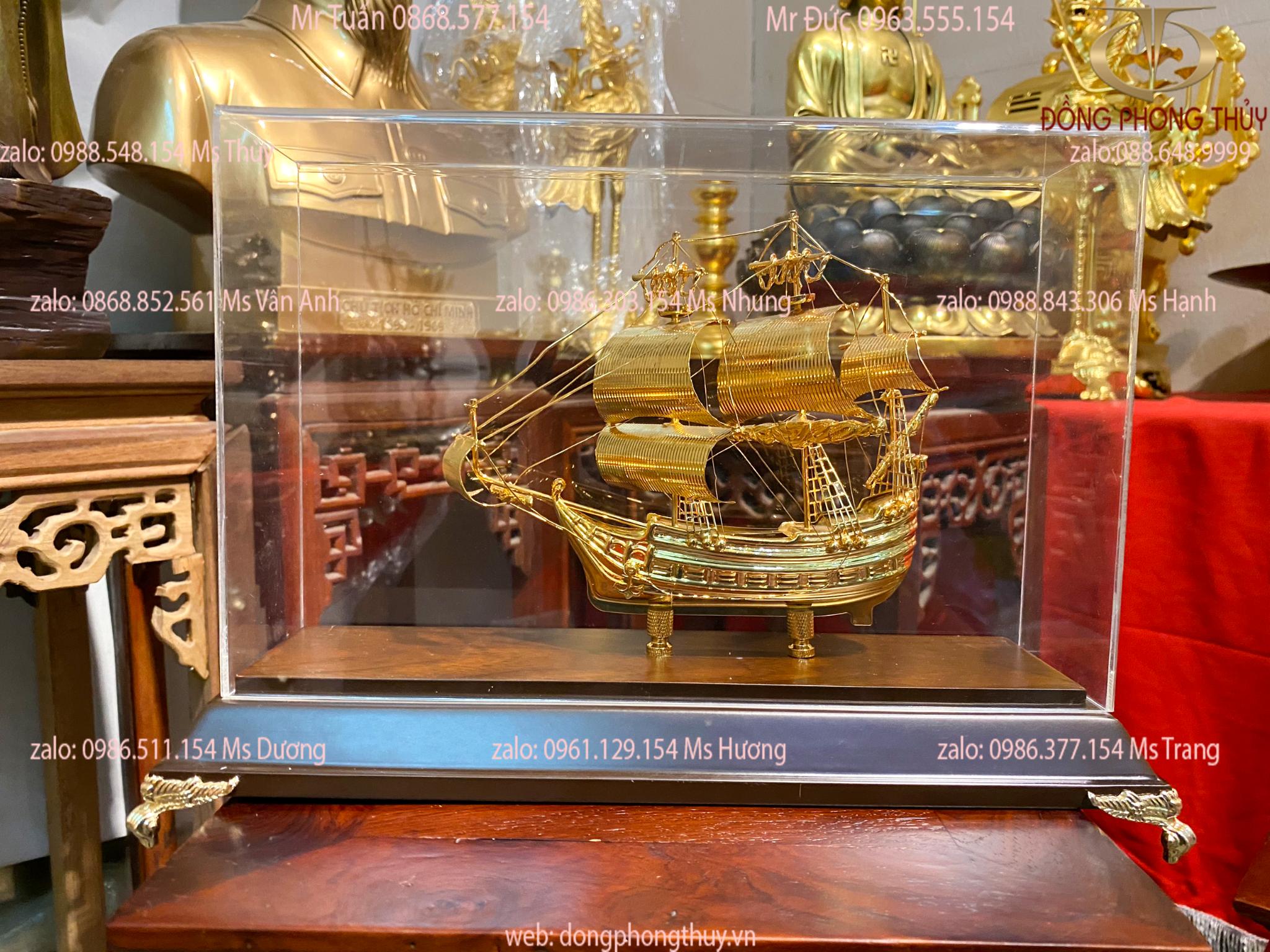 Quà tặng sếp thuyền buồm mạ vàng 24k