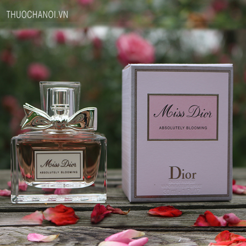 Nước hoa Miss Dior Absolutely Blooming
