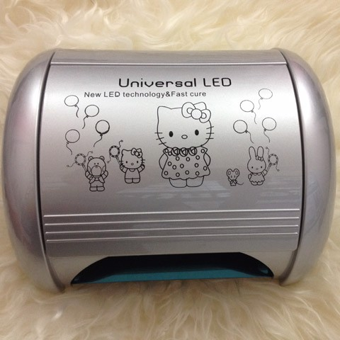 Máy hơ gel đèn Universal Led mèo Kitty 52Watt Skywei