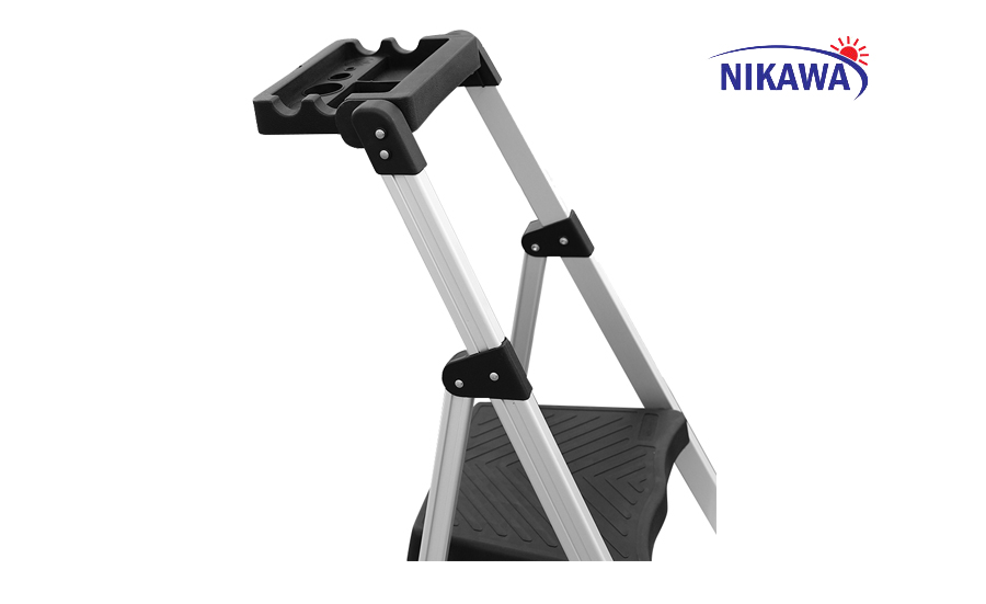 Thang Ghế 4 Bậc Nikawa NKP-04