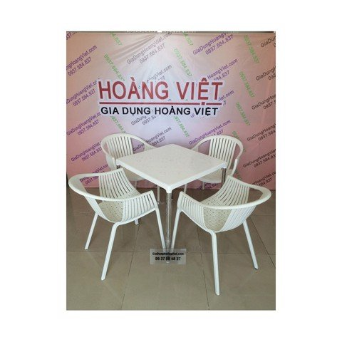 bo-ban-vuong-va-4-ghe-banh-my-song-long-1