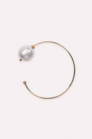 BANGLE WITH LARGE FAUX PEARL - MARSHA