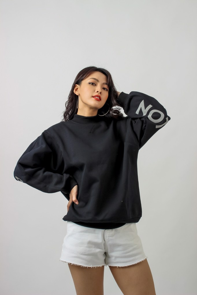 ÁO KHOÁC SWEATER NOTHING IS IMPOSSIBLE OSW 1009