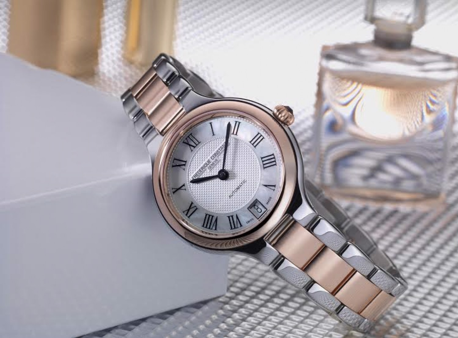 Đồng hồ nữ FC Classics Delight Automatic Watch