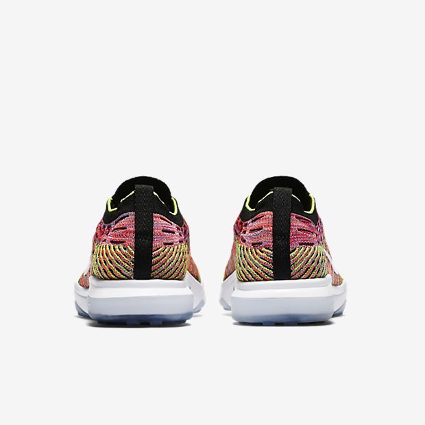 Nike Air Zoom Fearless Flyknit Lux