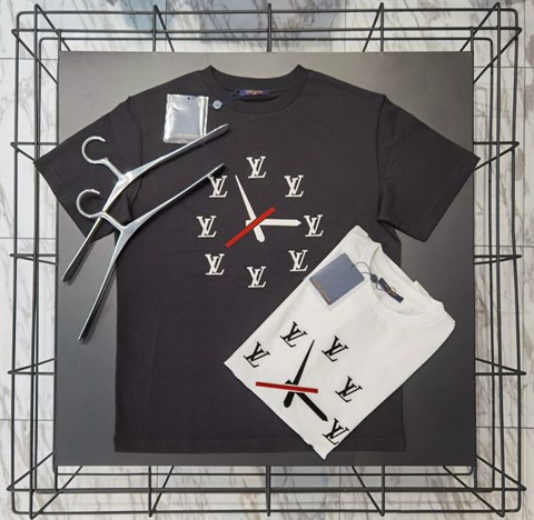 LV Clock t shirt