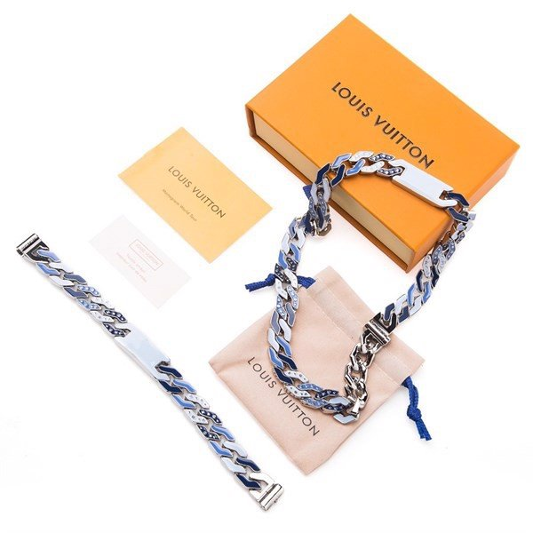 CUBAN CHAIN NECKLACE Monogram pattern LV
