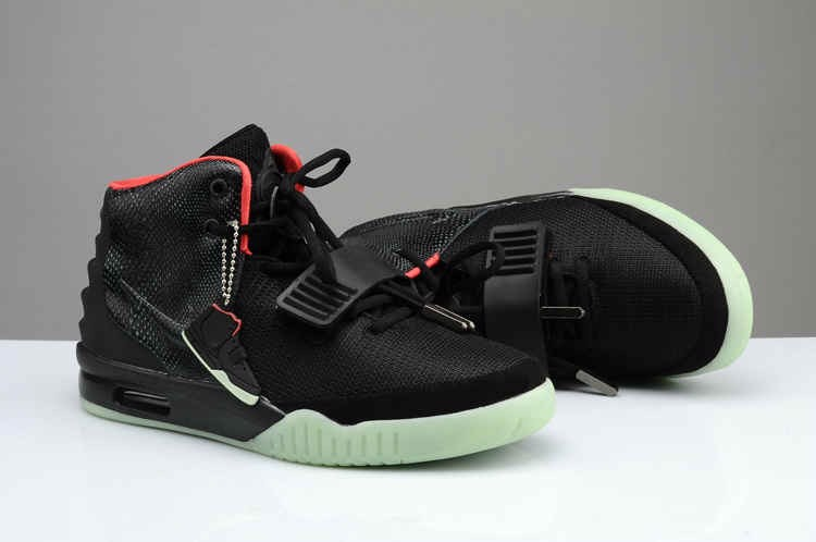 NIKE AIR YEEZY BLACK SOLAR RED