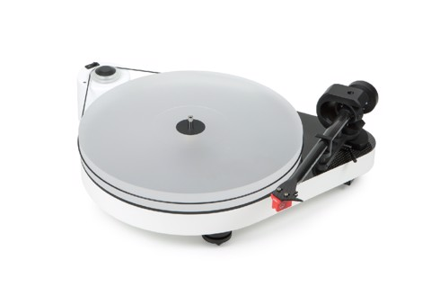 Pro-Ject Audio RPM5 Carbon Turntable