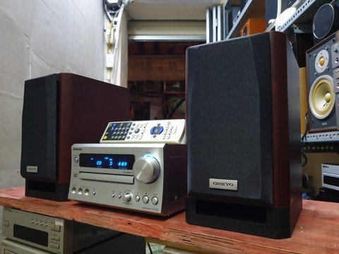 DÀN MINI: ONKYO CR D2