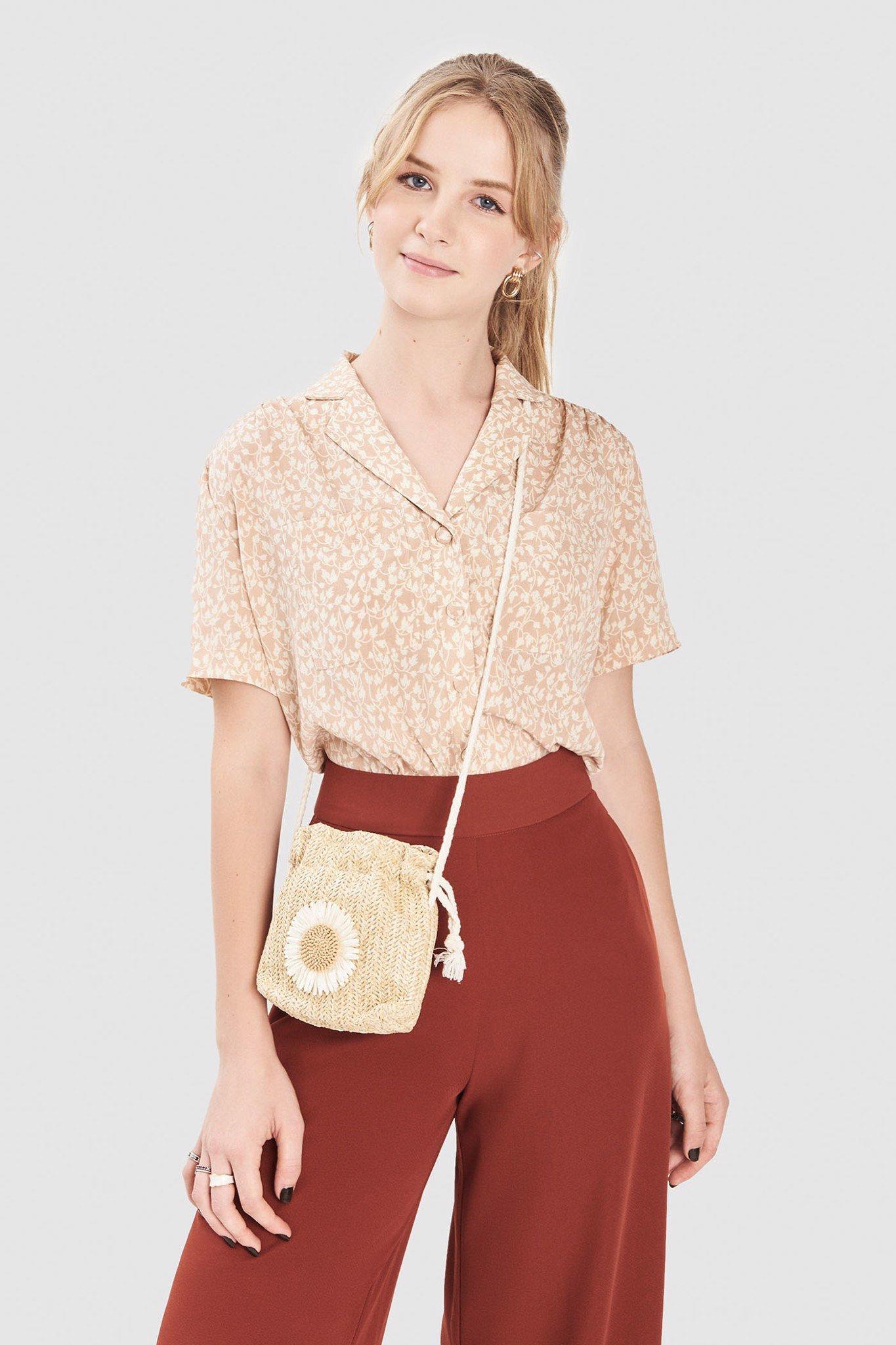 Áo kiểu cổ danton 2 túi họa tiết