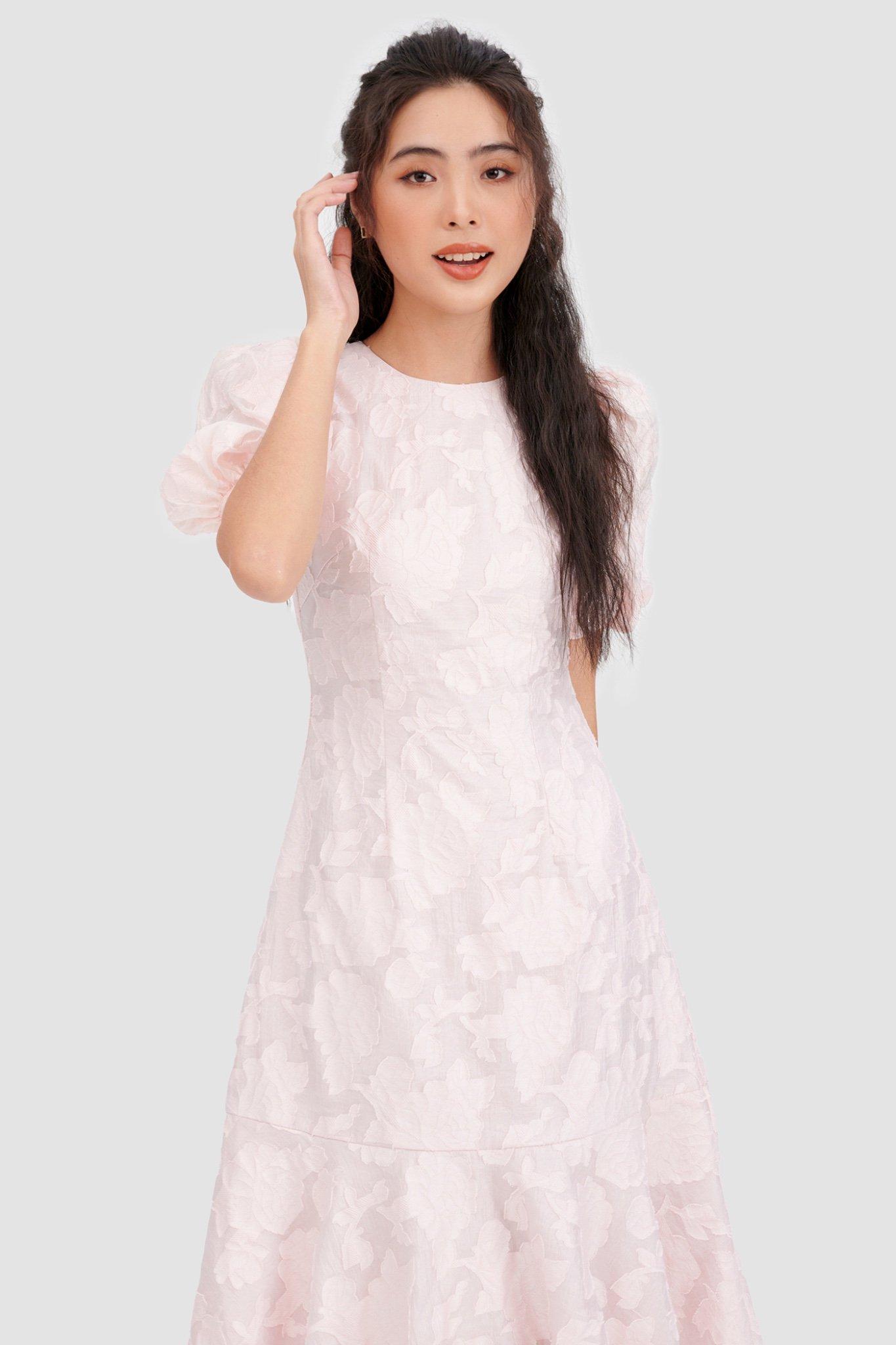 Đầm midi có tay hạ eo hoạ tiết hoa