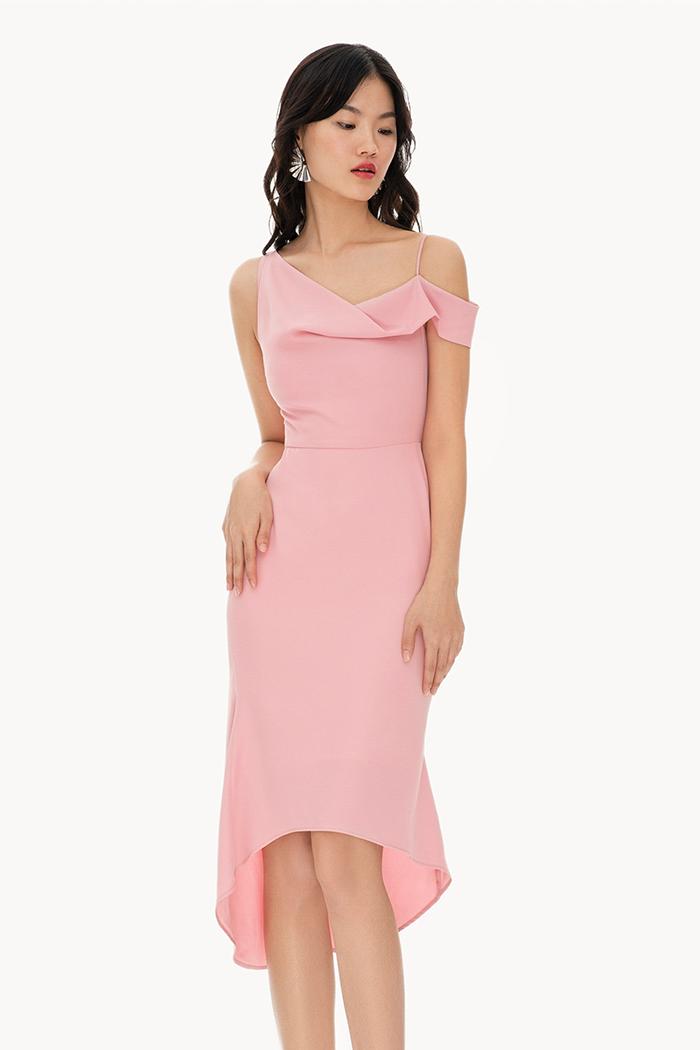 Đầm mullet cổ đổ bất đối xứng