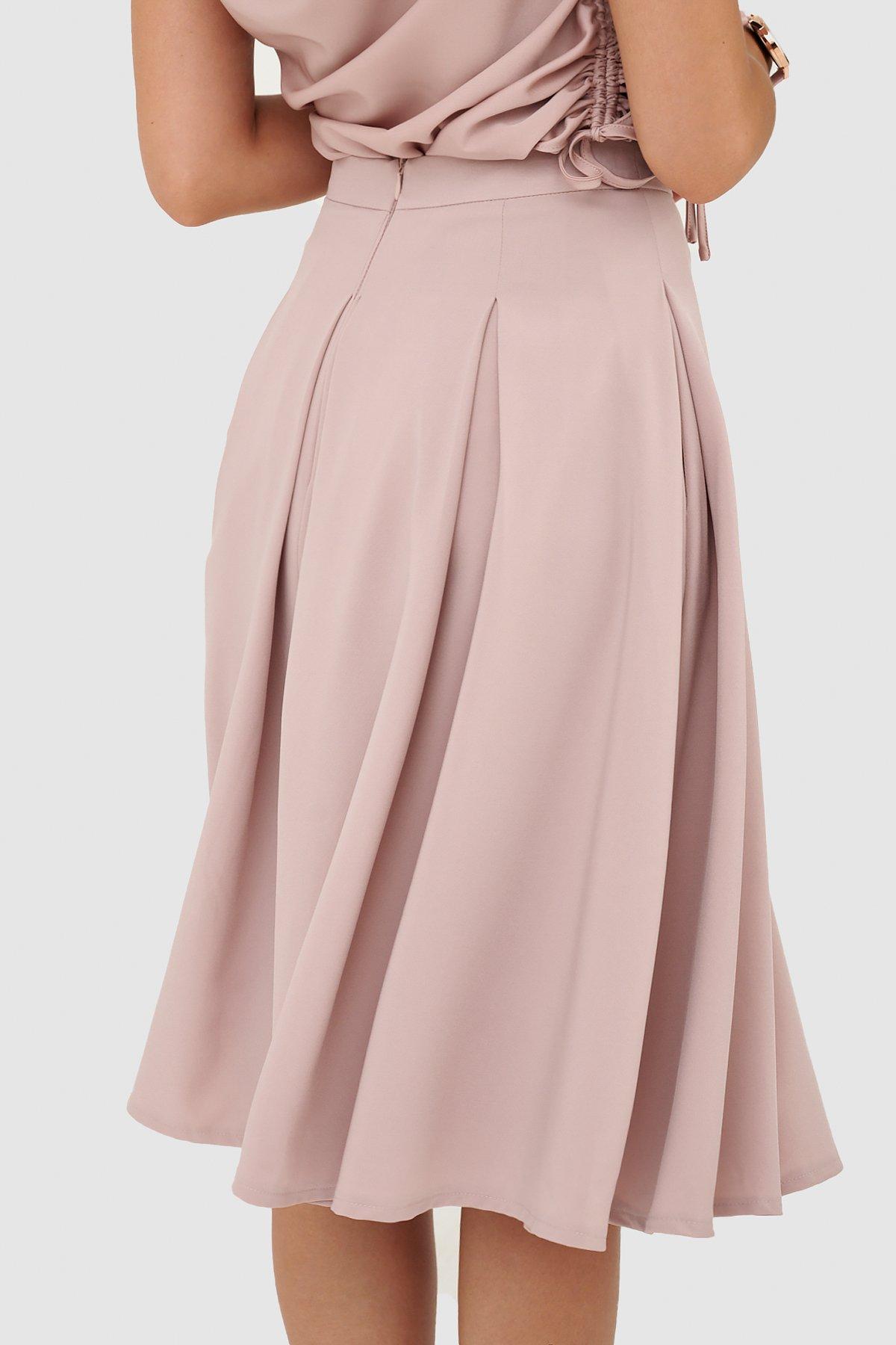 Váy midi xếp li hợp
